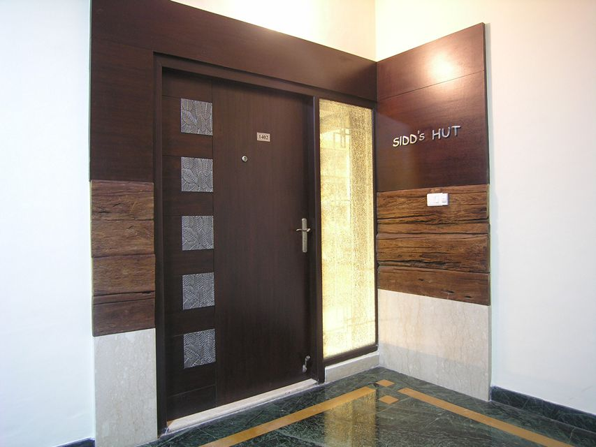 House in 14th floor ansari architects chennai for Main door design for flat