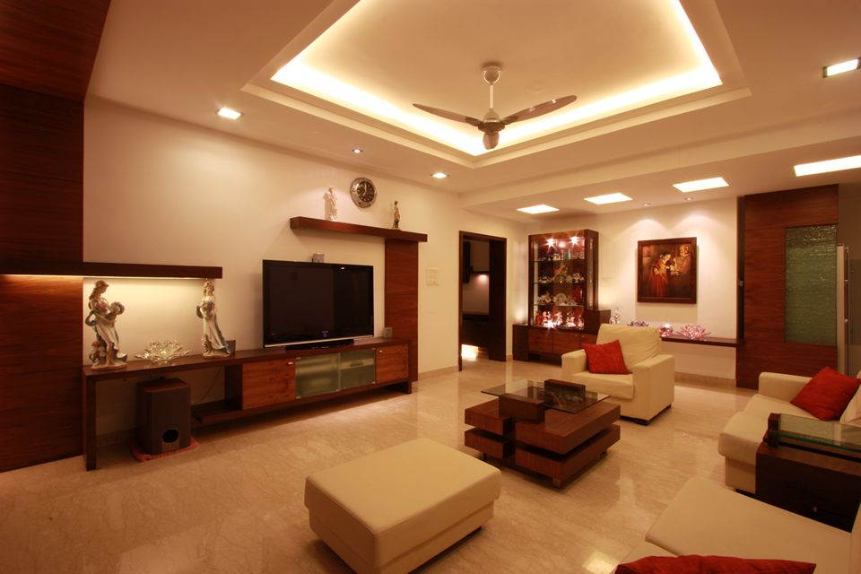 House in 14th floor ansari architects chennai for Home living hall design